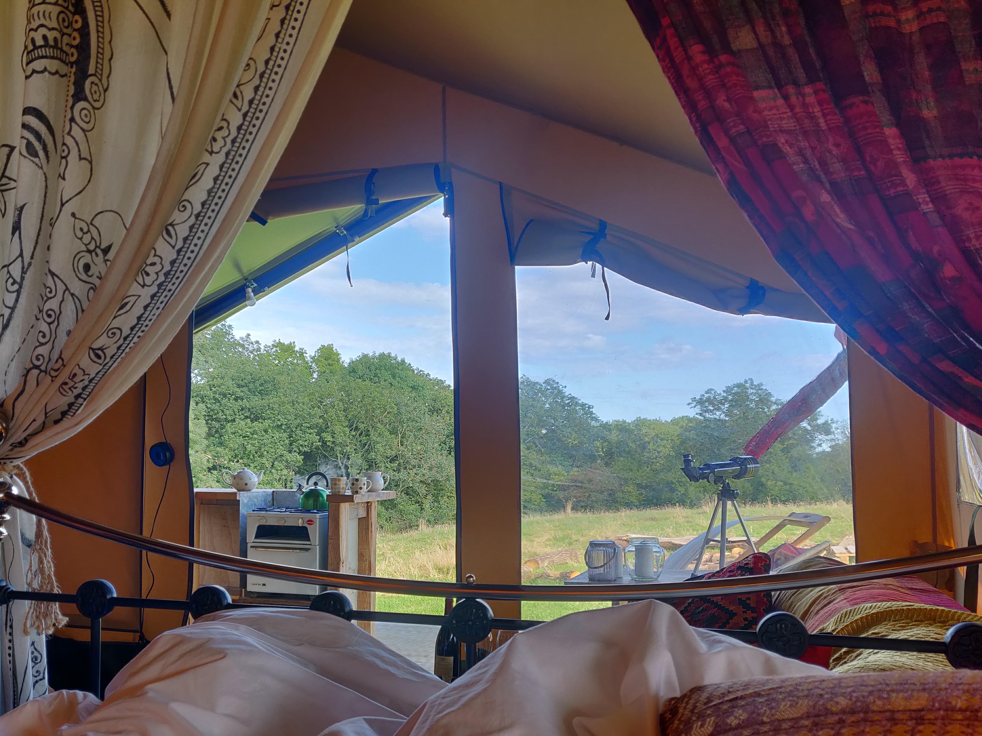 The view from the bed in Northern Skies